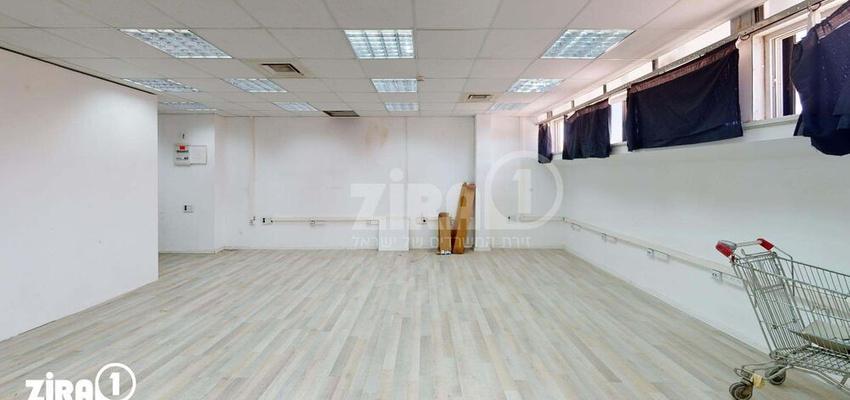 משרד בבניין מבני תל-עד    קומה 2   שטח 111מ״ר    תמונה #0 - 1