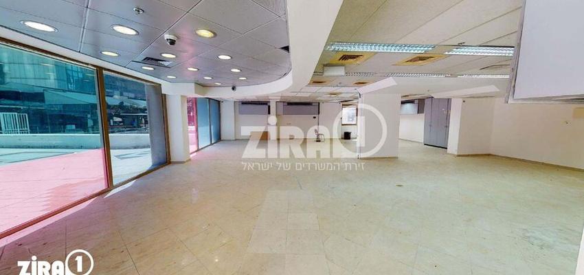 משרד בבניין בית סילבר | קומה 0 | שטח 240מ״ר  | תמונה #0 - 1