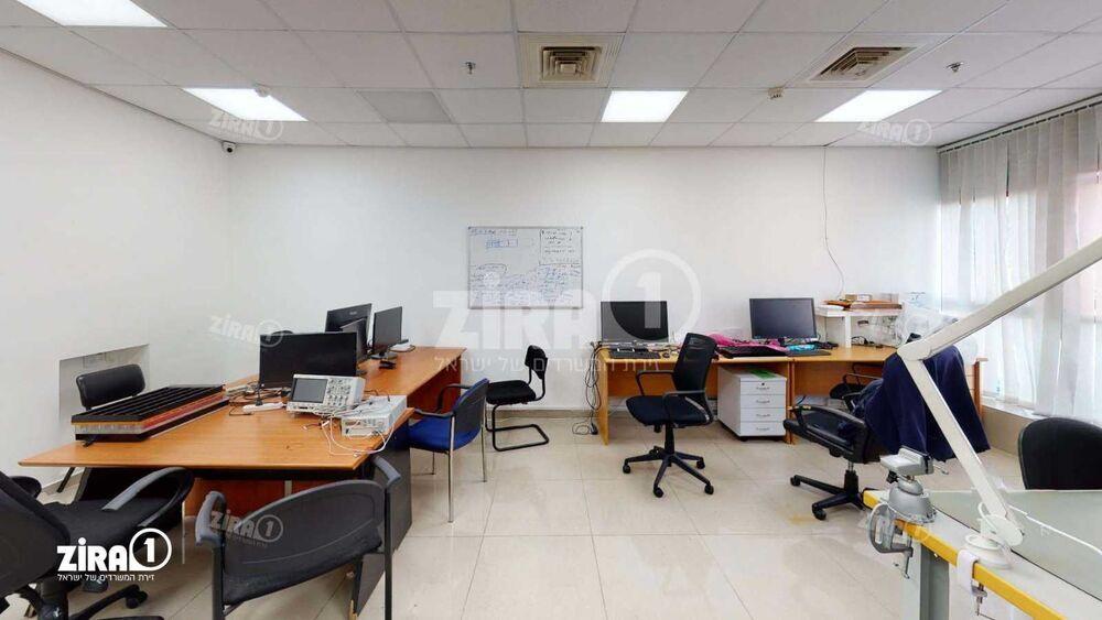 """משרד בבניין התע""""ש 10   קומה 1   שטח 75מ״ר    תמונה #0 - 1"""