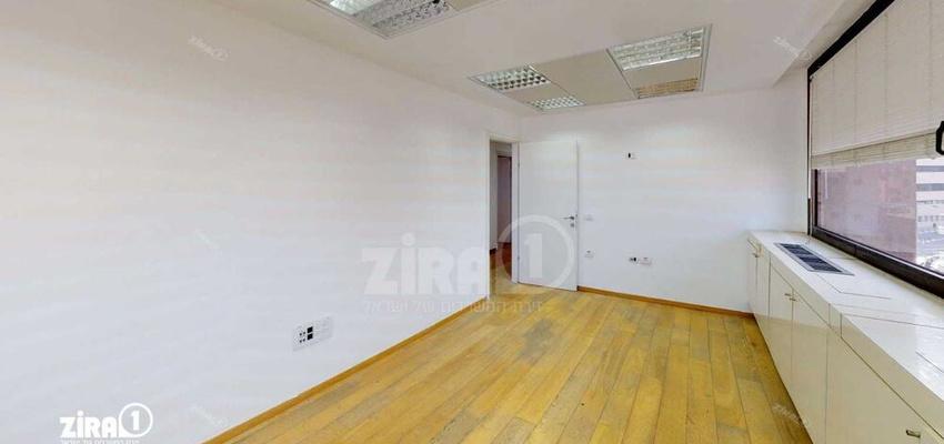 משרד בבניין בית כספי   קומה 5   שטח 200מ״ר    תמונה #0 - 1