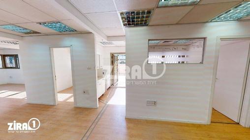 משרד בבניין בית רובננקו | קומה 1 | שטח 238מ״ר  | תמונה #21 - 1