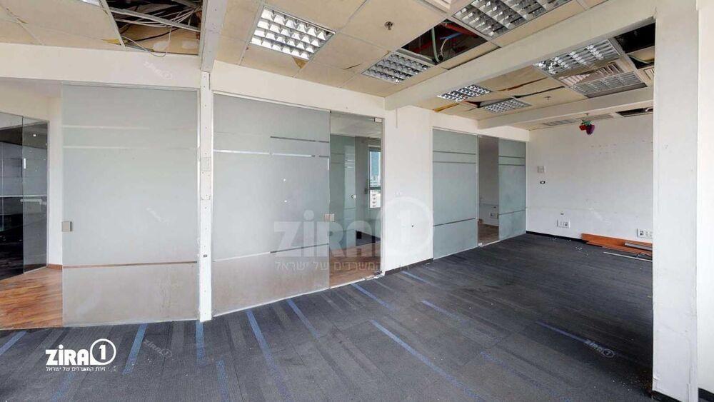 משרד בבניין בית גיבור ספורט  | קומה 16 | שטח 200מ״ר  | תמונה #0 - 1