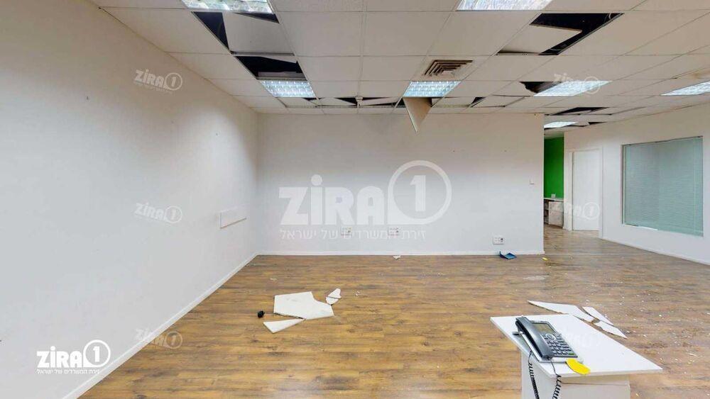 משרד בבניין בית אשבד | קומה 4 | שטח 180מ״ר  | תמונה #0 - 1