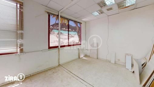 משרד בבניין הבנאים 9   קומה 1   שטח 100מ״ר    תמונה #2 - 1