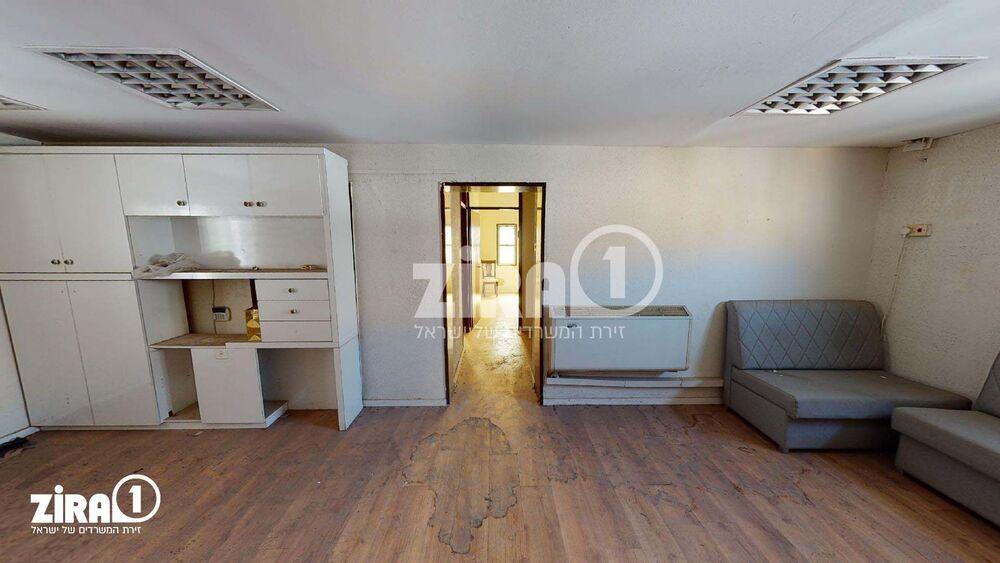 משרד בבניין וייצמן 105 | קומה 1 | שטח 100מ״ר  | תמונה #0 - 1