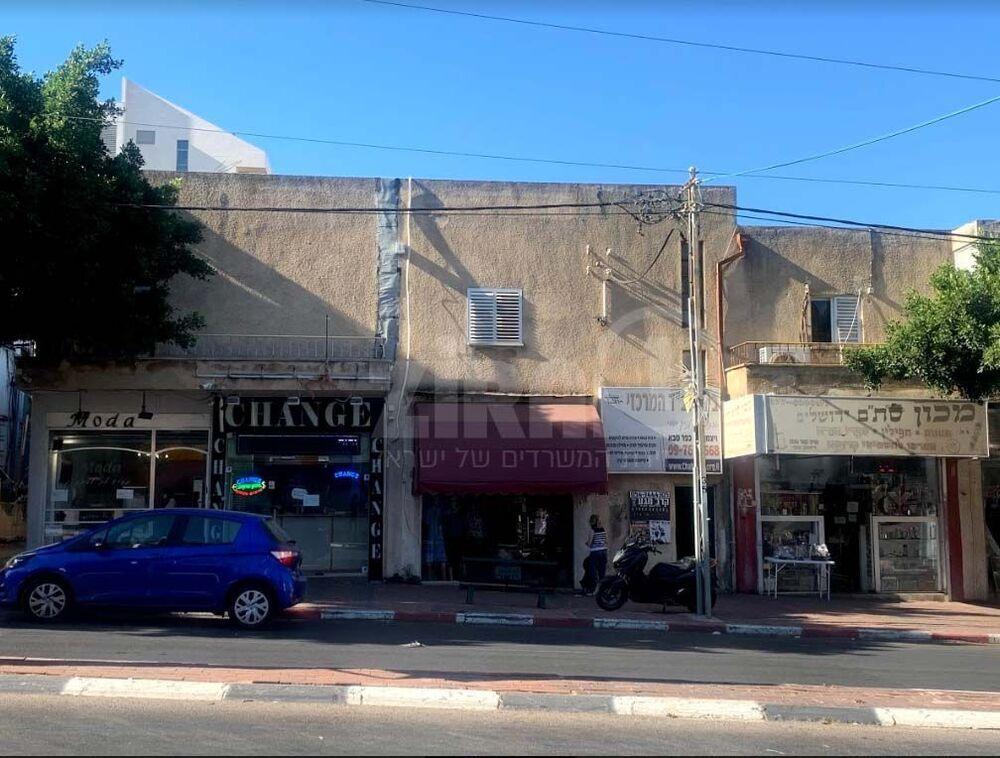 בניין וייצמן 105 בכפר סבא | רמת הבניין classC | תמונה #0 - 1