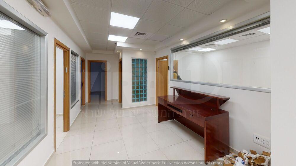 משרד בבניין הלפיד 10-12 | קומה 5 | שטח 160מ״ר  | תמונה #0 - 1