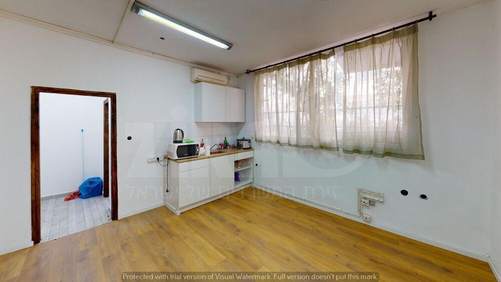 משרד בבניין בית אדיר | קומה 0 | שטח 140מ״ר  | תמונה #0 - 1