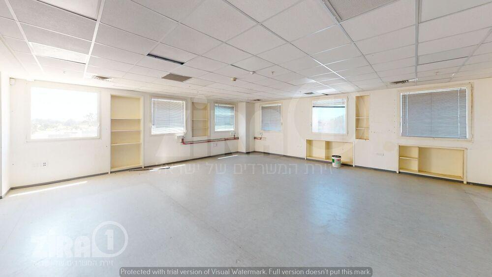 משרד בבניין בית כנרת | קומה 2 | שטח 186מ״ר  | תמונה #0 - 1