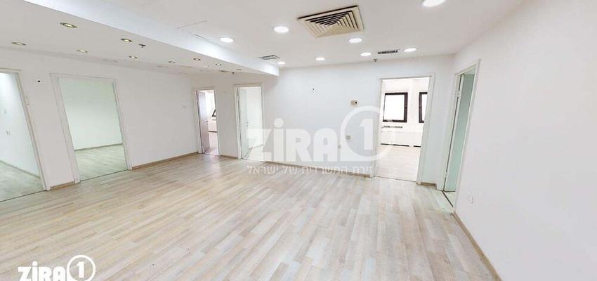 משרד בבניין מרכז הטקסטיל והאופנה | קומה 10 | שטח 218מ״ר  | תמונה #0 - 1