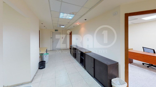 משרד בבניין בית אשבד | קומה 0 | שטח 180מ״ר  | תמונה #1 - 1