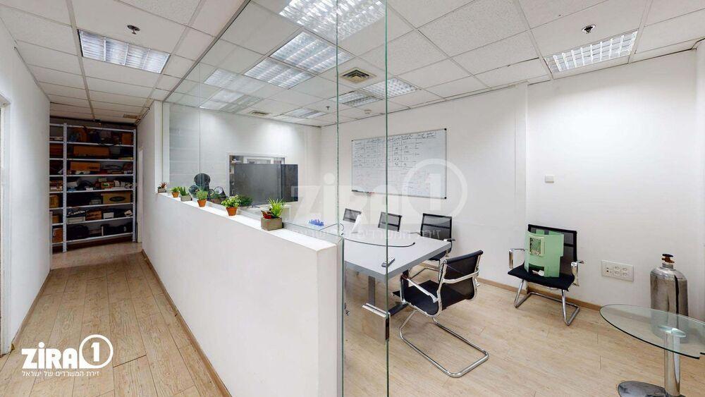 משרד בבניין בית בלרס | קומה 0 | שטח 129מ״ר  | תמונה #0 - 1
