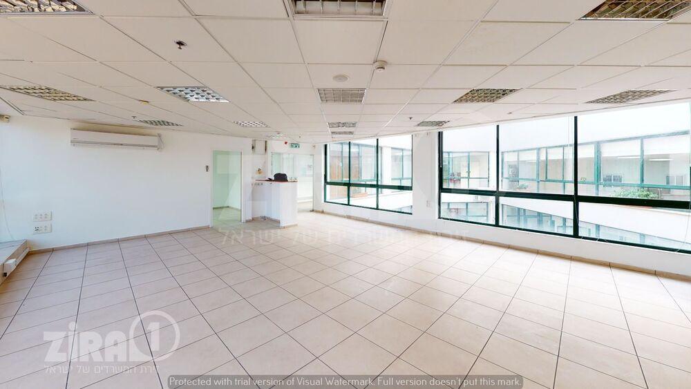 משרד בבניין בית בלרס   קומה 1   שטח 270מ״ר    תמונה #0 - 1