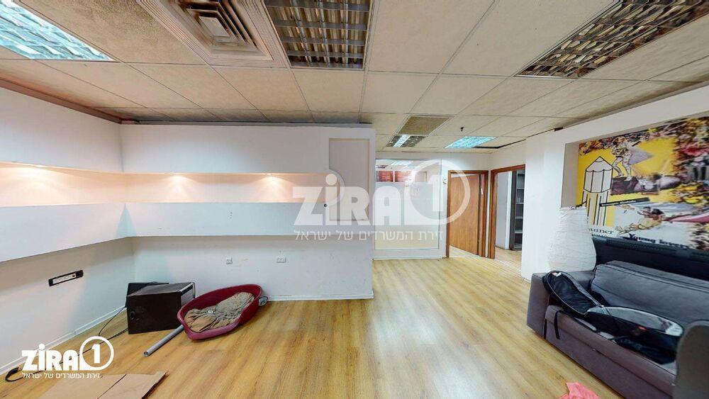 משרד בבניין בית שלומי | קומה 2 | שטח 150מ״ר  | תמונה #0 - 1