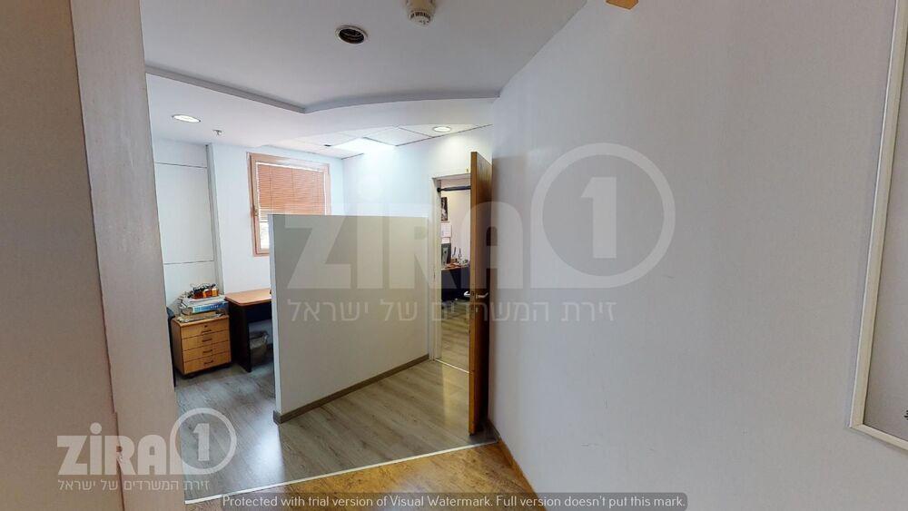 משרד בבניין גוש עציון 11 | קומה 3 | שטח 100מ״ר  | תמונה #0 - 1