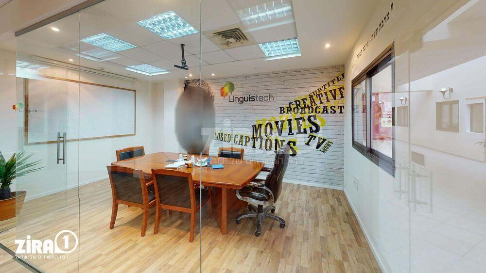 משרד בבניין בית אשבד   קומה 3   שטח 175מ״ר    תמונה #0 - 1