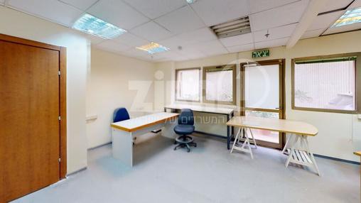 משרד בבניין בית אשבד | קומה 0 | שטח 60מ״ר  | תמונה #2 - 1