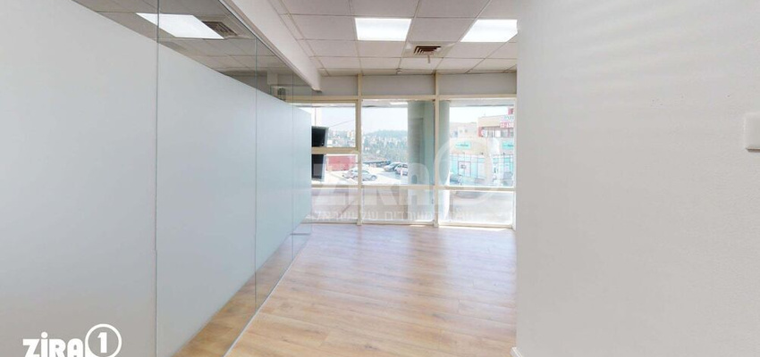 משרד בבניין בית השנהב   קומה 1   שטח 17מ״ר    תמונה #0 - 1