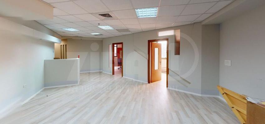 משרד בבניין בית דרום אפריקה | קומה 1 | שטח 150מ״ר  | תמונה #0 - 1