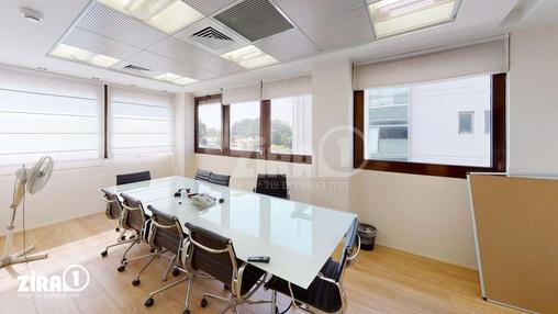 משרד בבניין בית שקל | קומה 2 | שטח 200מ״ר  | תמונה #19 - 1