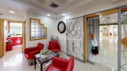 משרד בבניין בית שקל | קומה 2 | שטח 250מ״ר  | תמונה #20 - 1