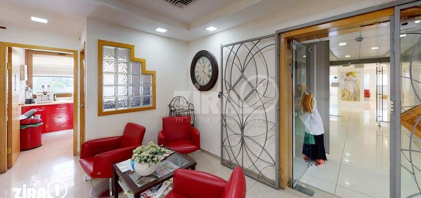משרד בבניין בית שקל | קומה 2 | שטח 250מ״ר  | תמונה #0 - 1