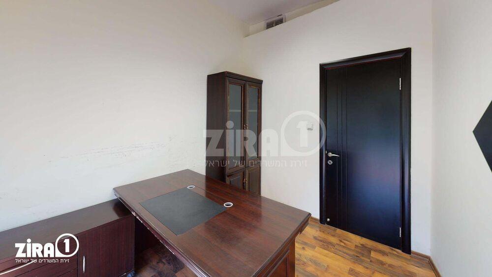 משרד בבניין בית השנהב | קומה 1 | שטח 9מ״ר  | תמונה #0 - 1