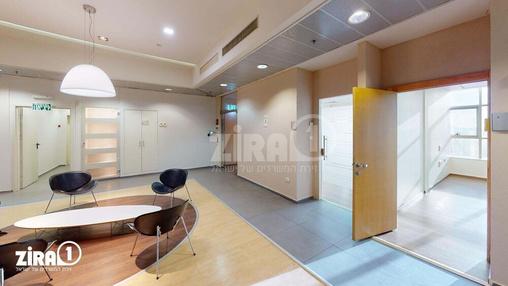 משרד בבניין המפעל 13 | קומה 4 | שטח 1600מ״ר  | תמונה #9 - 1