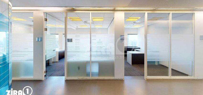 משרד בבניין בניין עזריאלי - מגדל מרובע | קומה 30 | שטח 585מ״ר  | תמונה #0 - 1