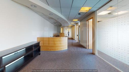 משרד בבניין בניין עזריאלי  - מגדל משולש | קומה 42 | שטח 224מ״ר  | תמונה #10 - 1