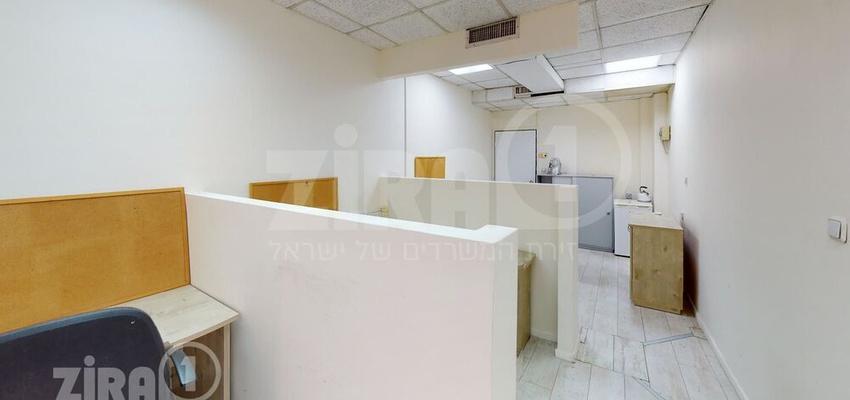 משרד בבניין בית אריה | קומה 1 | שטח 30מ״ר  | תמונה #0 - 1