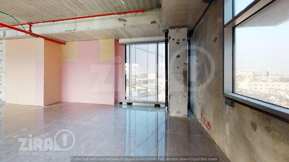 משרד בבניין בית ירון מילר   קומה 3   שטח 200מ״ר    תמונה #0 - 1