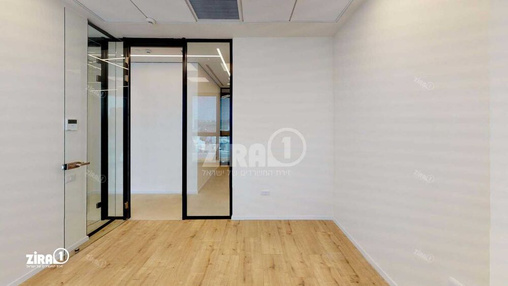 משרד בבניין מתחם Centro | קומה 4 | שטח 45מ״ר  | תמונה #16 - 1