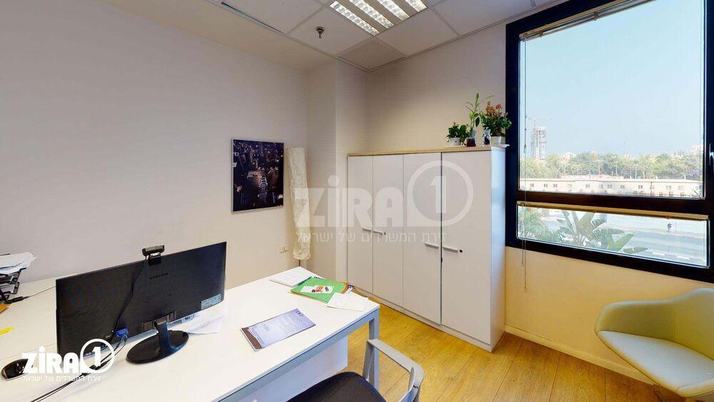 משרד בבניין בית קרדן | קומה 2 | שטח 200מ״ר  | תמונה #0 - 1