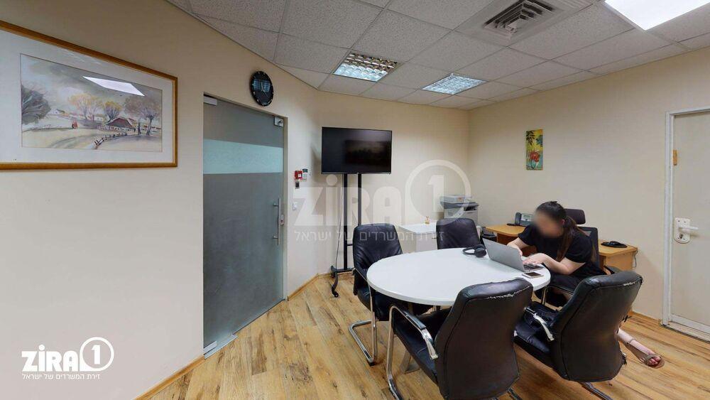 משרד בבניין בית מורצקי  | קומה: 1 | שטח 50 תמונה | מ׳׳ר #4 - 1