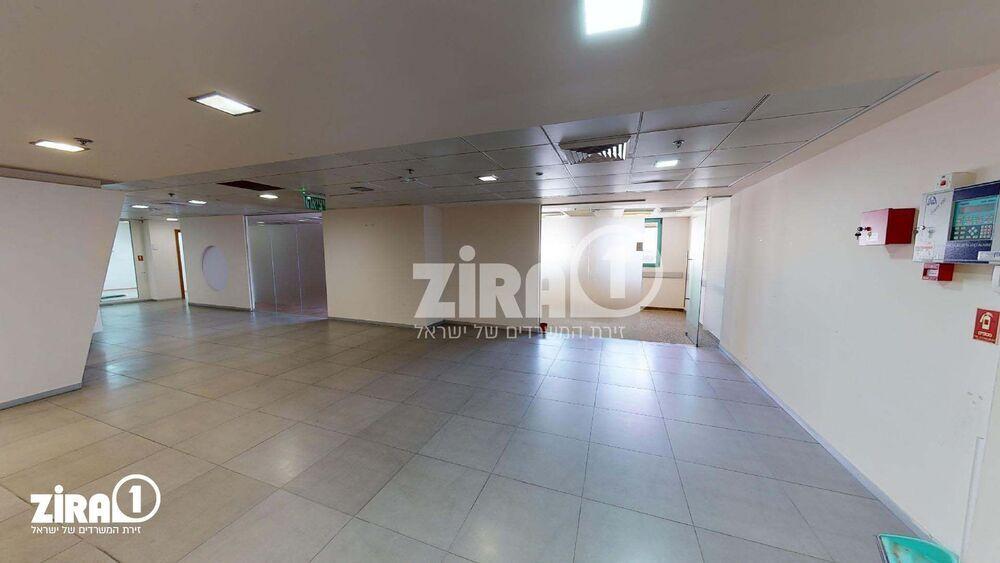 משרד בבניין REIT1 - עתיר ידע - כפר סבא | קומה 4 | שטח 1400מ״ר  | תמונה #0 - 1