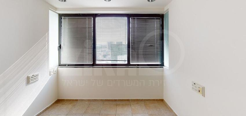 משרד בבניין מגדל נצבא  | קומה 15 | שטח 151מ״ר  | תמונה #0 - 1