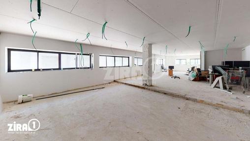 משרד בבניין מבני תל-עד  | קומה 1 | שטח 287מ״ר  | תמונה #13 - 1