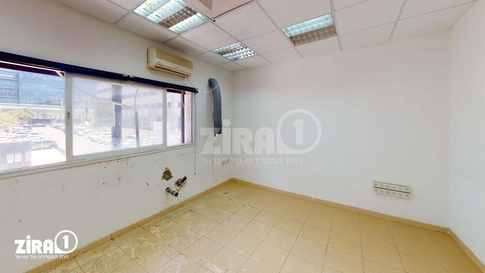 משרד בבניין מבני תל-עד  | קומה 1 | שטח 410מ״ר  | תמונה #0 - 1