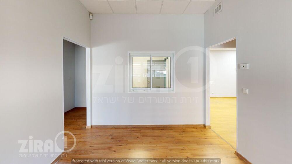 משרד בבניין תוצרת הארץ 16 | קומה 1 | שטח 125מ״ר  | תמונה #0 - 1