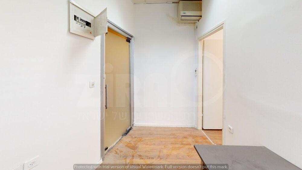 משרד בבניין מבני תל-עד    קומה 1   שטח 22מ״ר    תמונה #0 - 1