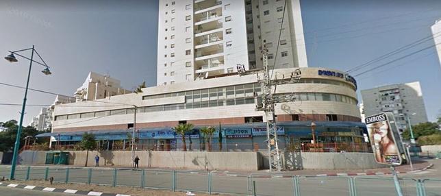 בניין שמחה הולצברג 16 ברמלה   רמת הבניין classC   תמונה #0 - 1