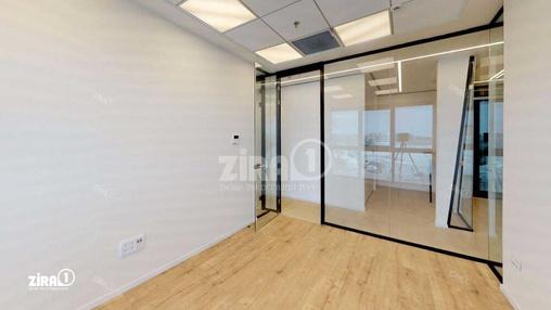 משרד בבניין מתחם Centro | קומה 4 | שטח 80מ״ר  | תמונה #15 - 1