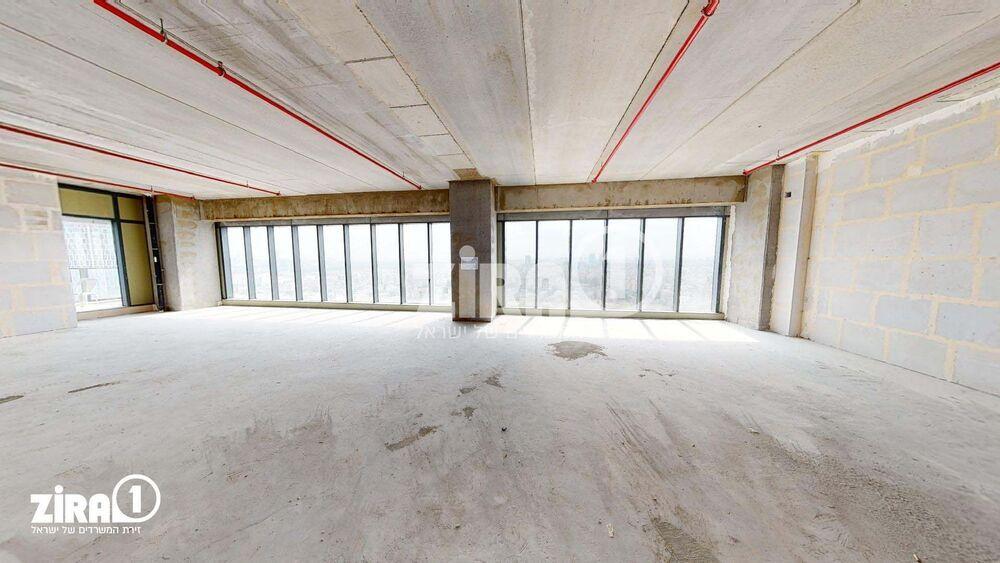 משרד בבניין מגדל הכשרת הישוב  | קומה: 17 | שטח 190 תמונה | מ׳׳ר #13 - 1