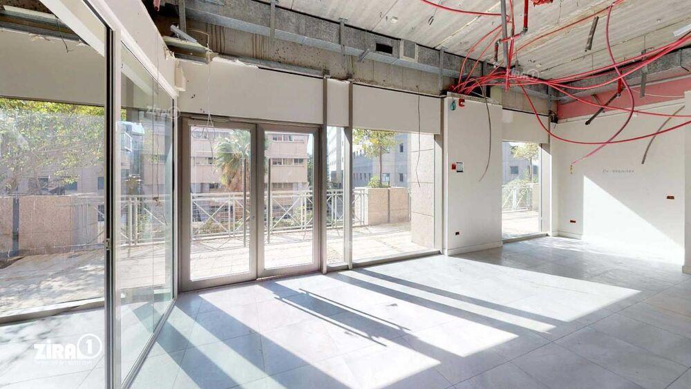 משרד בבניין מגדלי זיו- בניין D | קומה 1 | שטח 114מ״ר  | תמונה #0 - 1
