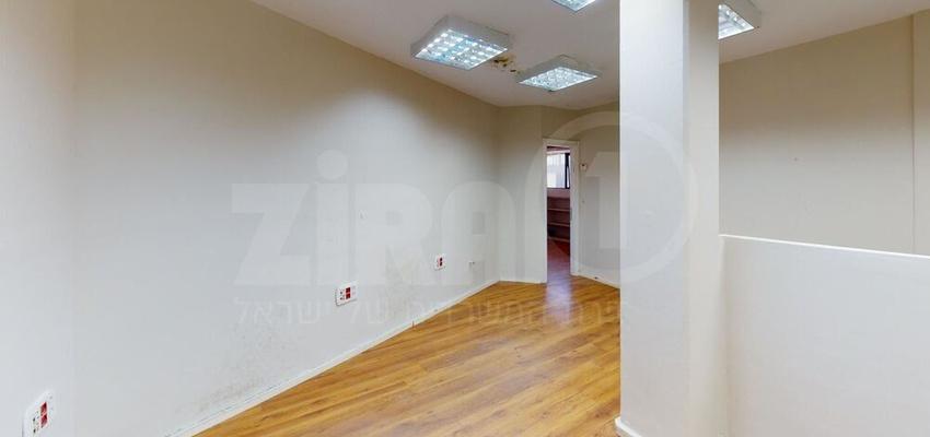 משרד בבניין בית אוריון | קומה 2 | שטח 59מ״ר  | תמונה #0 - 1