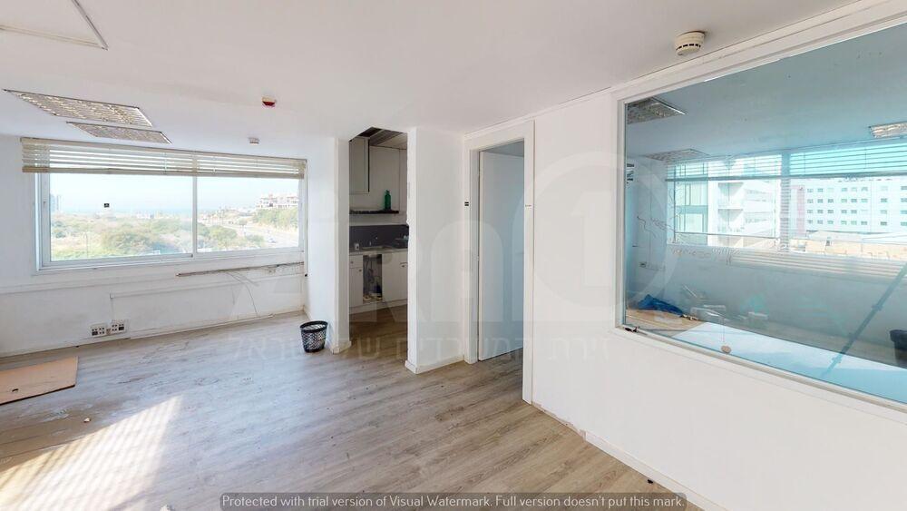 משרד בבניין בית אוריון | קומה 3 | שטח 67מ״ר  | תמונה #0 - 1