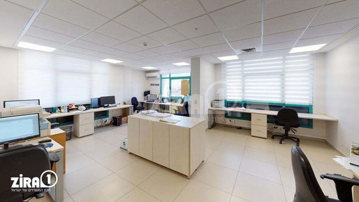 משרד בבניין החשמל 18 | קומה 7 | שטח 751מ״ר  | תמונה #4 - 1
