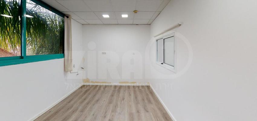 משרד בבניין בית ר.מ.א. | קומה 1 | שטח 36מ״ר  | תמונה #0 - 1