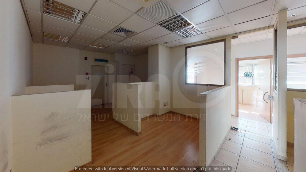 משרד בבניין מגדל עתידים - בניין 1 | קומה 1 | שטח 1017מ״ר  | תמונה #0 - 1